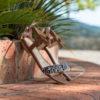 Sandale plate vegan, sa bande léopard et son joli noeud