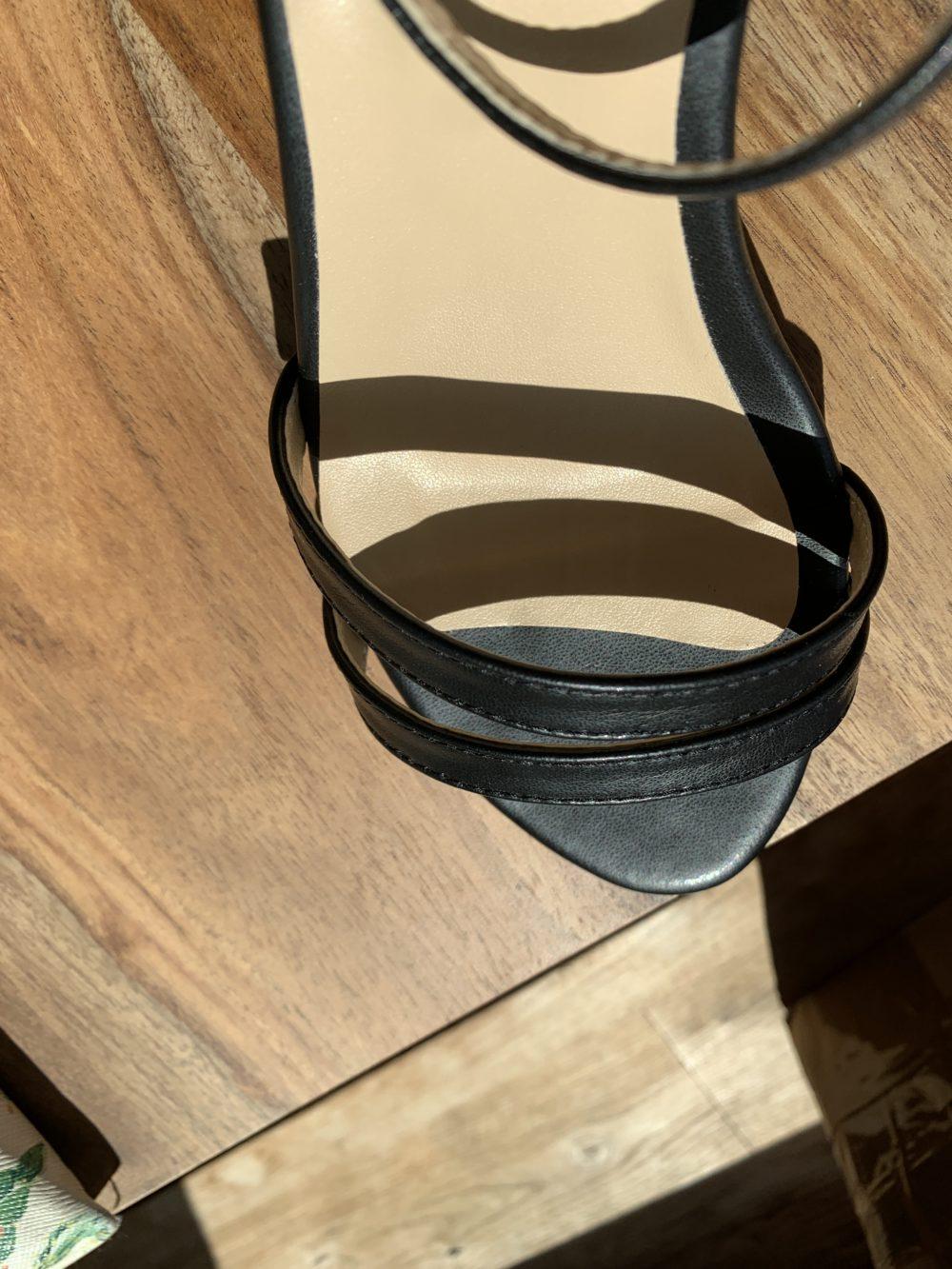 Sandales plates noires écologiques d'occasion l'Aurore