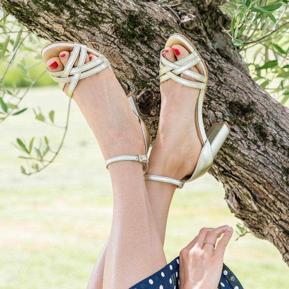 Sandales à talons vegan écoresponsables dorées or pour femme Aléria d'occasion l'Aurore par Minuit sur Terre