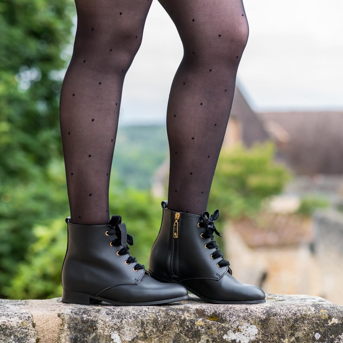 Bottines à lacets vegan écologiques noires pour femme d'occasion Mystère l'Aurore par Minuit sur Terre