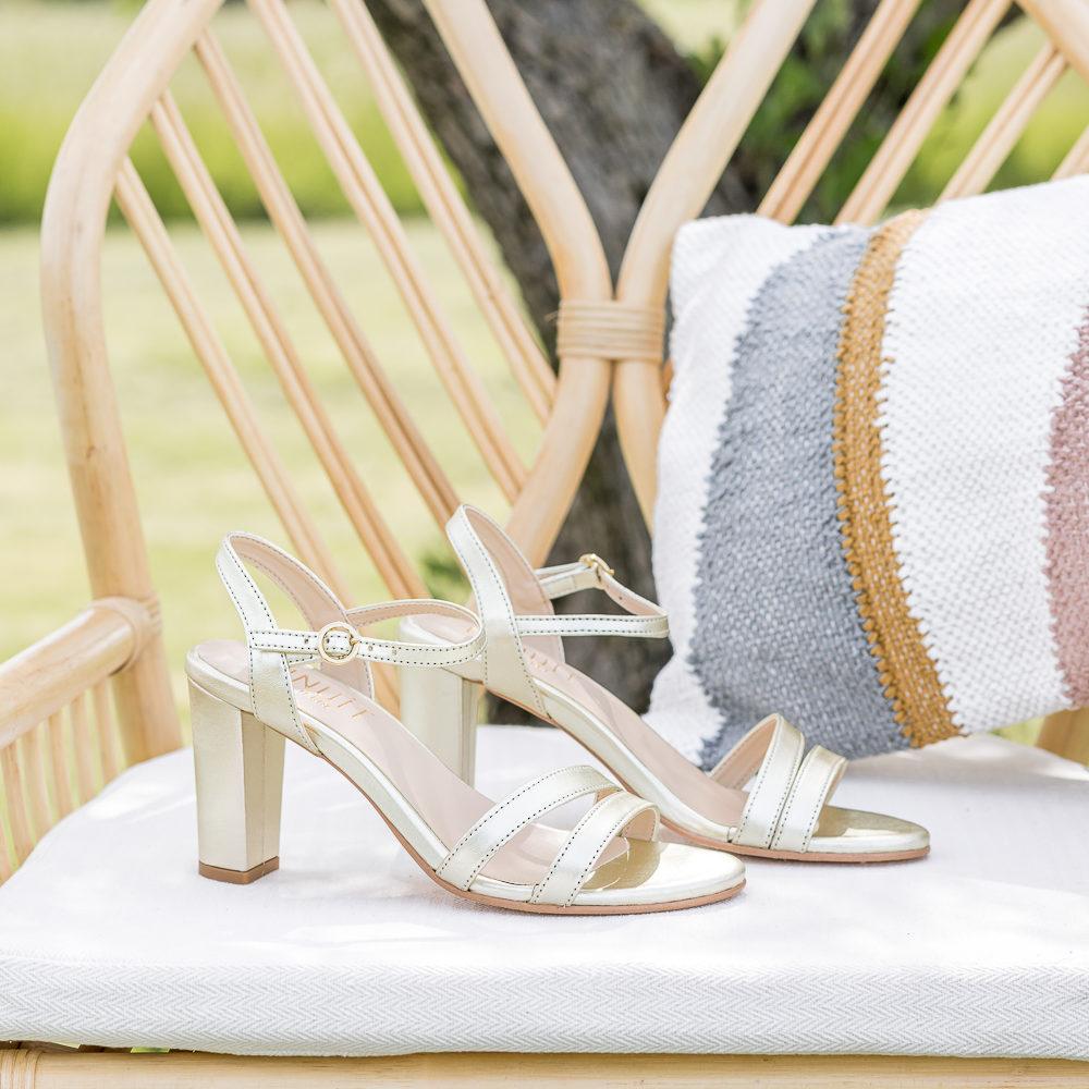 Sandales à talons vegan écologiques dorées or femme d'occasion Bonifacio l'Aurore par Minuit sur Terre