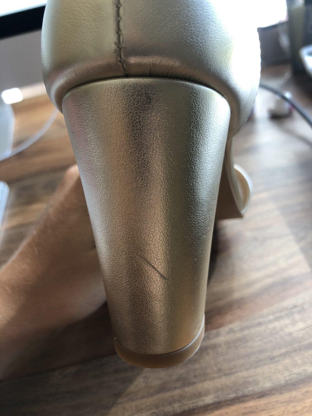 Sandales à talon dorées or vegan écologiques d'occasion Aléria l'Aurore par Minuit sur Terre